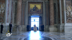 Öffnung Heilige Pforte am 8.12.2015 | © 2015 Printscreen CTV/Radio Vaticana